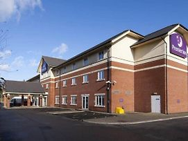 Premier Inn Gatwick Crawley Town West photos Exterior
