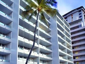 Regency On Beachwalk Waikiki By Outrigger photos Exterior