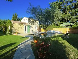 Cozy Holiday Home In Vaison La Romaine With A Pool photos Exterior