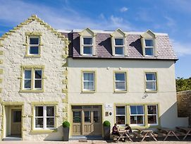Scalloway Hotel photos Exterior