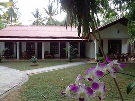 Thenuja Guest photos Exterior