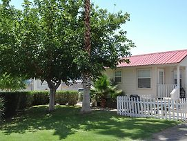 Las Vegas Camping Resort Cabin 1 photos Exterior
