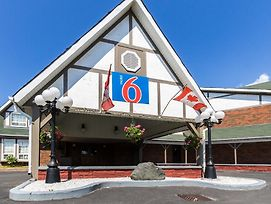Motel 6 Trenton On photos Exterior