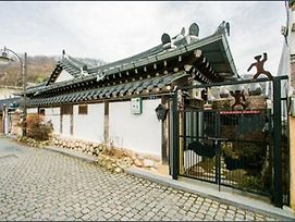 Jeonju Chaewoon Hanok Stay photos Exterior