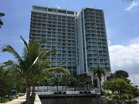 Lyx Suites By The Miami River photos Exterior