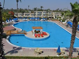 Pyramids Park Resort Cairo photos Exterior