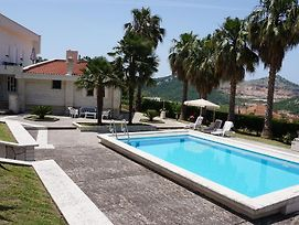 Apartment With Swimming Pool photos Exterior
