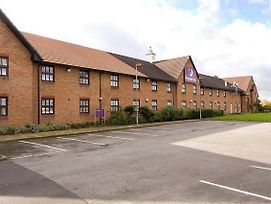 Premier Inn Crewe West photos Exterior