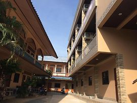 Chaweng Y&O Guesthouse photos Exterior
