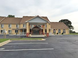 Super 8 By Wyndham Lake Of The Ozarks photos Exterior
