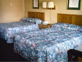 Americas Best Inn Clarksville Louisville photos Room