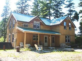4 Bedroom Cottage On Manitoulin Island Next To Sand Beaches photos Exterior