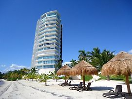 Tu Mirada Al Mar Beachfront Tower & Spa photos Exterior