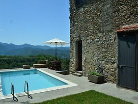 Historic Cottage In Fivizzano With Swimming Pool photos Exterior