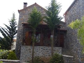 Vitina Stone House photos Exterior