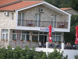 Guest House & Restaurant Adriatic Klek photos Exterior
