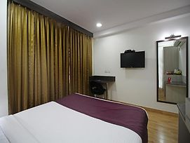 Oyo Rooms Noida Sector 62 photos Exterior