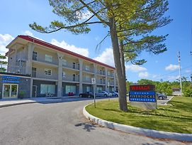 Wasaga Riverdocks Hotel Suites photos Exterior