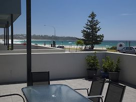 Mollymook Luxury Beachfront Apartment 3 photos Exterior