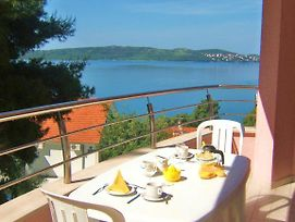 Apartment In Trogir With Sea View Balcony Air Conditioning Wi Fi photos Exterior