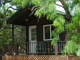 Medina Lake Camping Resort Cabin 7 photos Exterior