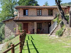 Stone Holiday Home In Tuscany With Fantastic Pool And Garden photos Exterior