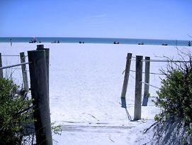 The Anna Maria Island Beach View 209 2 Bedroom Condo By Redawning photos Exterior