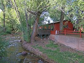 Creekside Cabin By City Nights photos Exterior