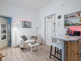 Clublord - Charming Apartment In Pretty Pedestrian Street photos Exterior