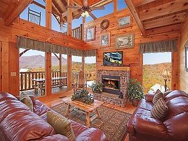 Mountain Seduction 2 Bedroom Mountain View Home With Hot Tub photos Exterior