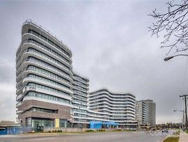 Shops At Don Mills Furnished Apartments photos Exterior