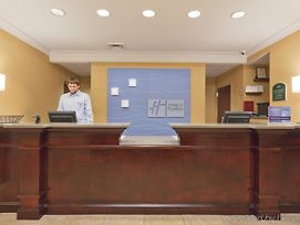 Holiday Inn Express And Suites Tuscaloosa Universi photos Interior