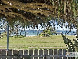 Pandanus On Emerald photos Exterior