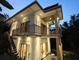 Gading Homestay Ubud photos Exterior