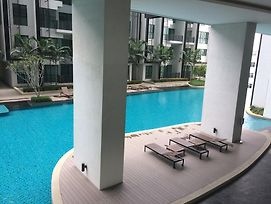 Tranquil Condominium At I City photos Exterior