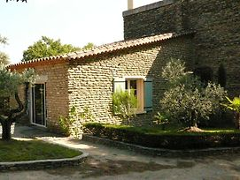Antique Holiday Home With Swimming Pool In L'Isle Sur La Sorgue photos Exterior