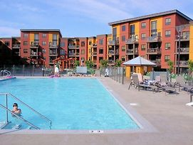 Spacious 2Br 2Ba W Loft Resortcondo Creekside Top Floor Sleeps 6 photos Exterior