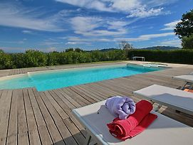 Luxorious Cottage With Swimming Pool In Montelabbate photos Exterior