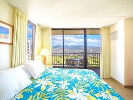 36Th Floor With Beautiful Mountain Views | 1 Block To Beach | Free Parking & Wifi photos Exterior