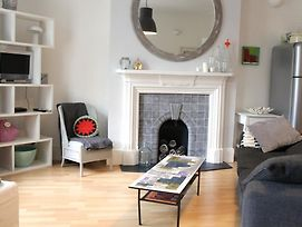 Trendy 2Bd Flat In West Hampstead photos Exterior
