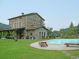 Luxurious Villa In San Romano In Garfagnana With Jacuzzi photos Exterior