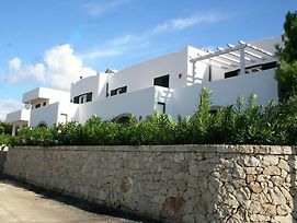 Seafront Apartment In Apulia With Shared Garden photos Exterior