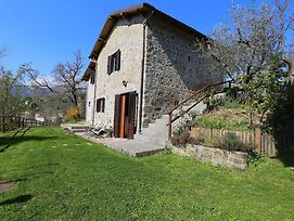 Detached Cottage In Lucca With Scintillating Nature Views photos Exterior