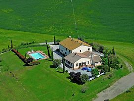 Authentic Farmhouse In Tuscany Near The Forest photos Exterior