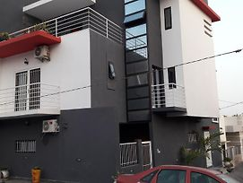 Residence Cheikh Fall photos Exterior