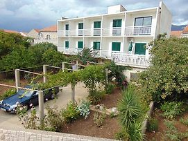 Apartments And Rooms By The Sea Sucuraj 12887 photos Exterior