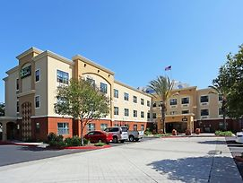 Extended Stay America Orange County - Huntington Beach photos Exterior