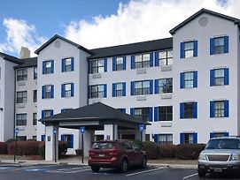 Crestwood Suites Of Marietta - Town Center photos Exterior