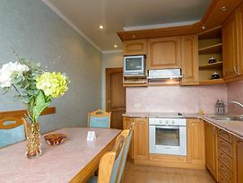 Comfort Apartment Near Minskaya Metro Station And Dreamtown photos Exterior