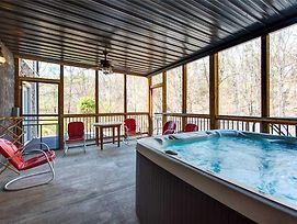 Emory House 8 Bedroom Home With Hot Tub photos Exterior